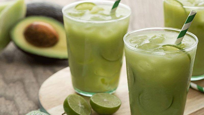 Jugo de Aguacate y Limon! Excelente Para Eliminar la Retencion de Liquidos!!