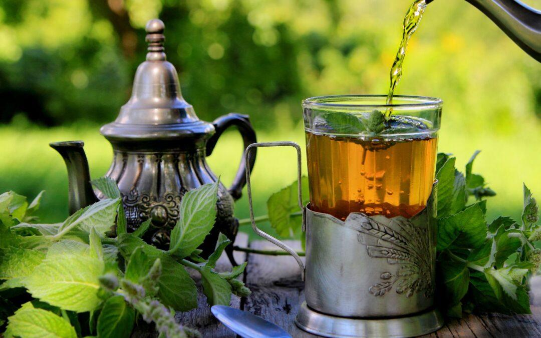 Hierbabuena: para qué sirve, cómo usarla y cómo preparar el té