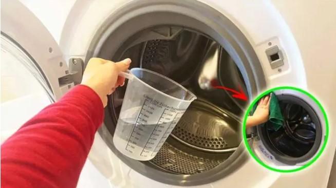 El truco secreto para limpiar la lavadora por dentro